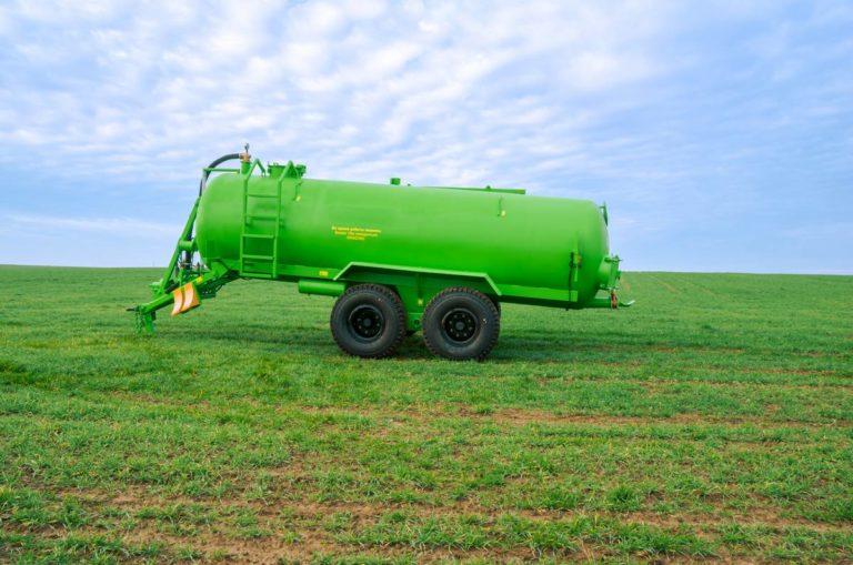 """دستگاه استفاده از کودهای آلی مایع """"MVZHU-11"""""""